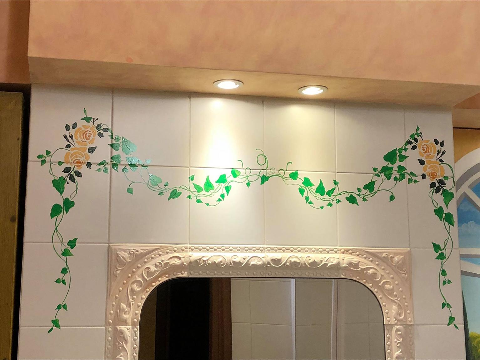 Pareti murales trompe l oeil dark color - Decorazioni pareti bagno ...